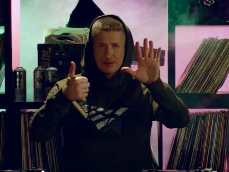 DJ Decks powraca z kolejnym mixtejpem! Na vol. 6 pojawiła się czołówka polskiego hip hopu.