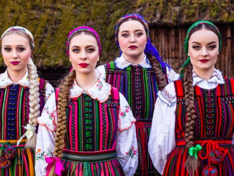 Tulia, czyli niesamowite dziewczyny, które przerobiły Podsiadło na folk wyruszają w trasę!