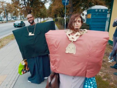 """Jak Kanye West i Lil Pump wyglądają w polskim wydaniu? Zobacz parodię """"I love it""""!"""