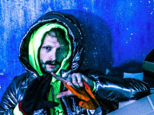 Adi Nowak teledyskiem 360° promuje płytę KOSH!