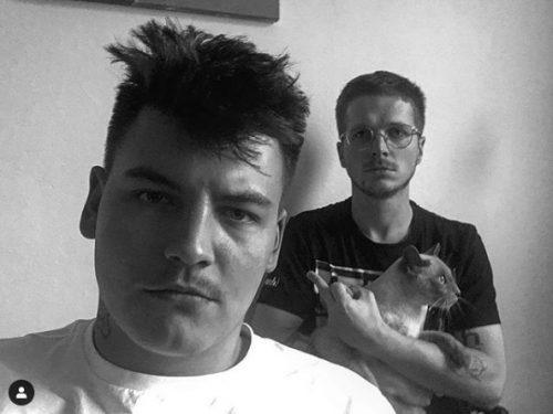 """Holak & Frosti Rege nagrali wspólną płytę! Słuchamy ich nowego singla """"Na spokojnie""""."""