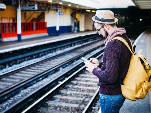 Nie masz planów na wakacje? UE rozdaje 18-latkom darmowe bilety na podróże kolejowe po Europie!