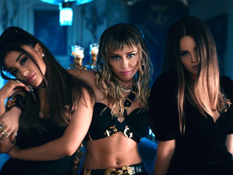 """Ariana Grande, Miley Cyrus i Lana Del Rey w utworze do filmu """"Aniołki Charliego"""""""