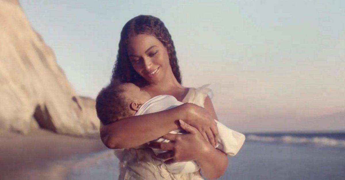 """Beyoncé zapowiada wizualny album """"Black Is King"""""""