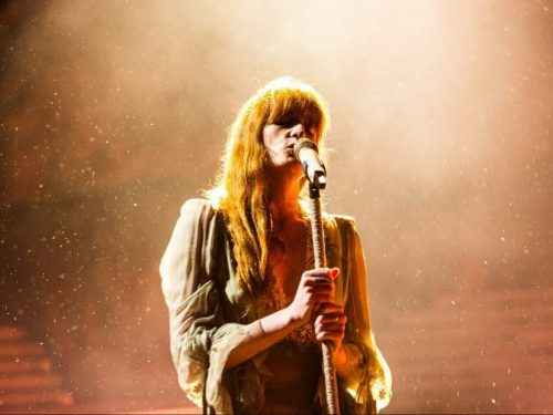 "Florence and The Machine dzieli się nowym utworem ""Light Of Love"""