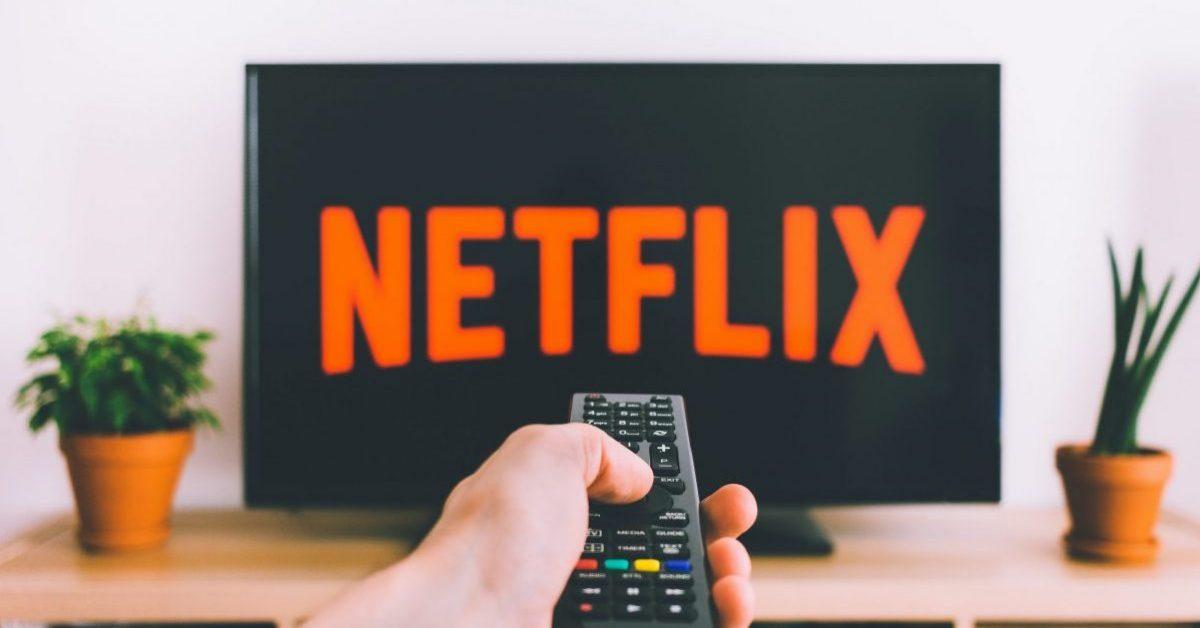 Nie możesz się zdecydować, co obejrzeć? Netflix testuje opcję nadawania jak w tradycyjnej telewizji