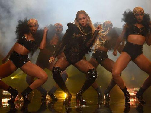 Jedyny występ na MTV VMAs, który musisz obejrzeć