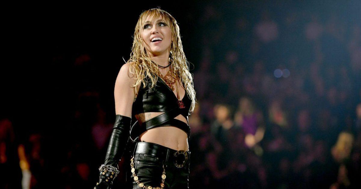 """Miley Cyrus powraca z singlem """"Midnight Sky"""""""