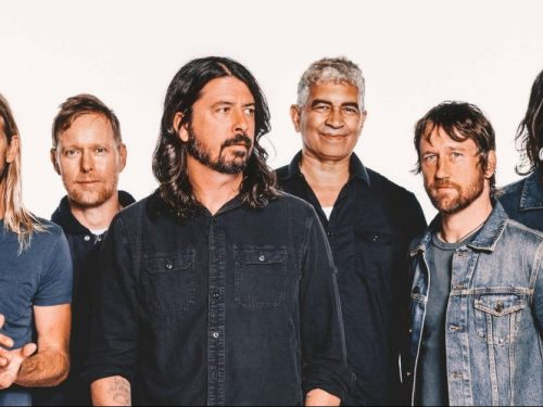 """Foo Fighters zapowiadają nowy album """"Medicine At Midnight"""""""