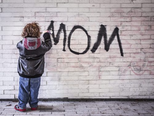 Dzień Matki 2017: 8 gifów, które możesz przesłać mamie. Jeśli ma poczucie humoru. ;)