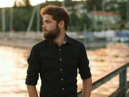 "Passenger zapowiada nowy album ""Songs For The Drunk And Broken Hearted"""
