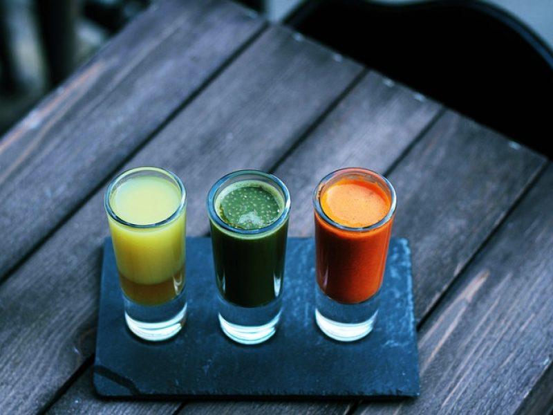W Nowym Jorku pije się szoty, które uzdrawiają! Mamy dla Was kilka przepisów.
