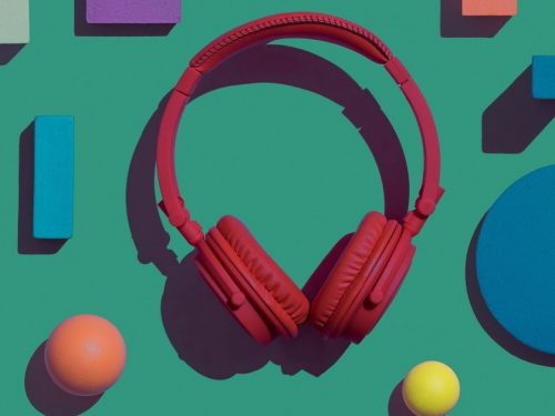 Czego słuchaliśmy w 2020? Posłuchaj naszych playlist!