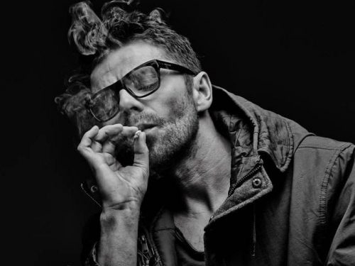 Muzyczna pełnoletniość – wywiad z Kubą Kawalcem z zespołu Happysad